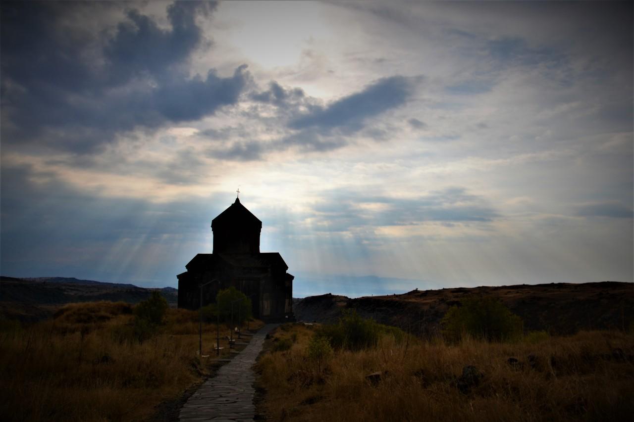 Épisode 11 – Premiers pas enArménie
